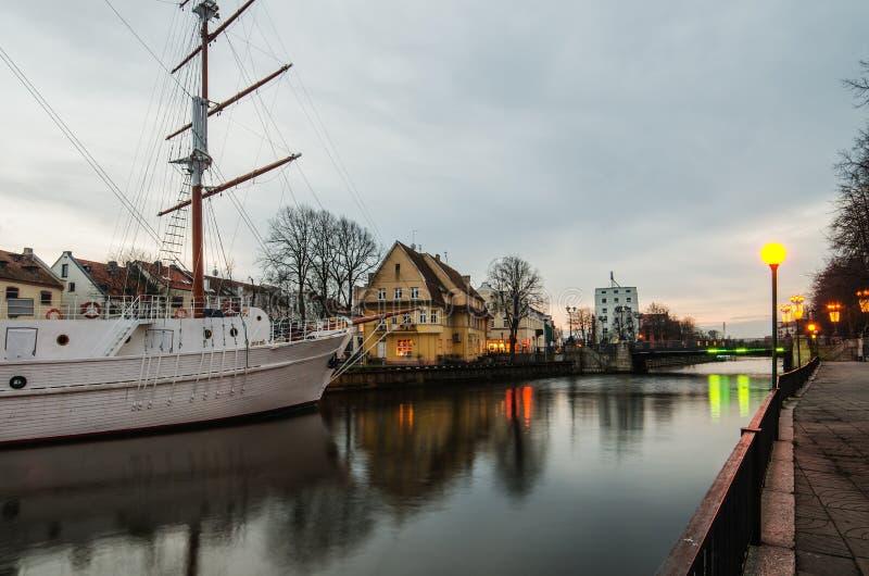 Река датчанина в Klaipeda (Литва) стоковые изображения rf
