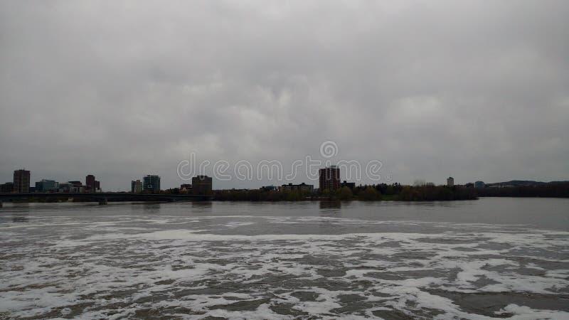 река грубое стоковое фото rf