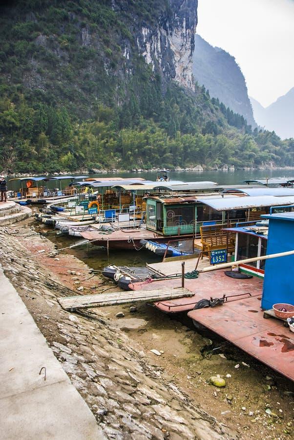 Река или Lijiang Li река в автономной области Guangxi Zhuang, Китае стоковые изображения