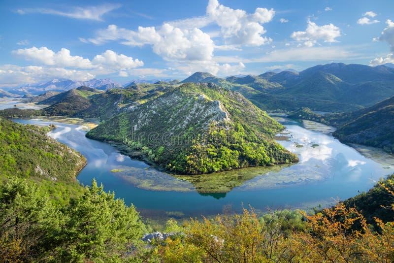 Река Риека Crnojevica в Черногории стоковое изображение