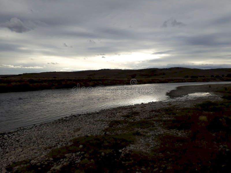 """Река """"Penitente """"в Патагонии стоковая фотография rf"""