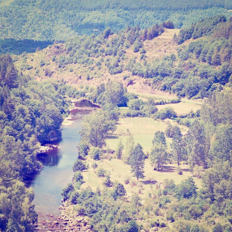 Download Река стоковое фото. изображение насчитывающей пуща, франция - 41658582