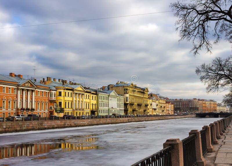 Река Fontanka весной святой petersburg стоковая фотография rf