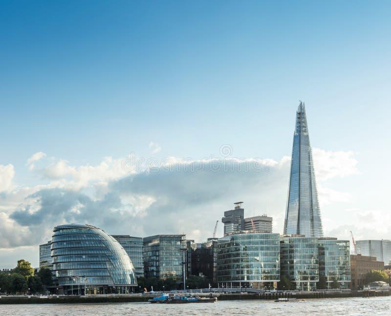 река london ландшафта свободного полета городского пейзажа здания самомоднейшее показывает thames стоковые изображения