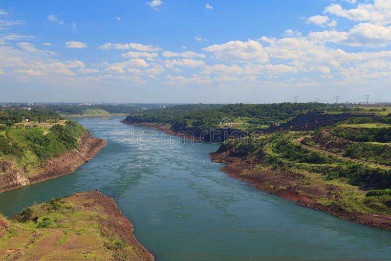 Река Paraná, Бразилия, Парагвай стоковая фотография