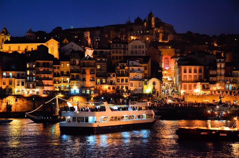 река porto сумрака douro города стоковое фото