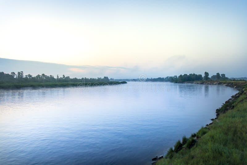 Река Pripyat раннее утро Главное река Polesie Фото принятое в июле 2019 стоковые фотографии rf