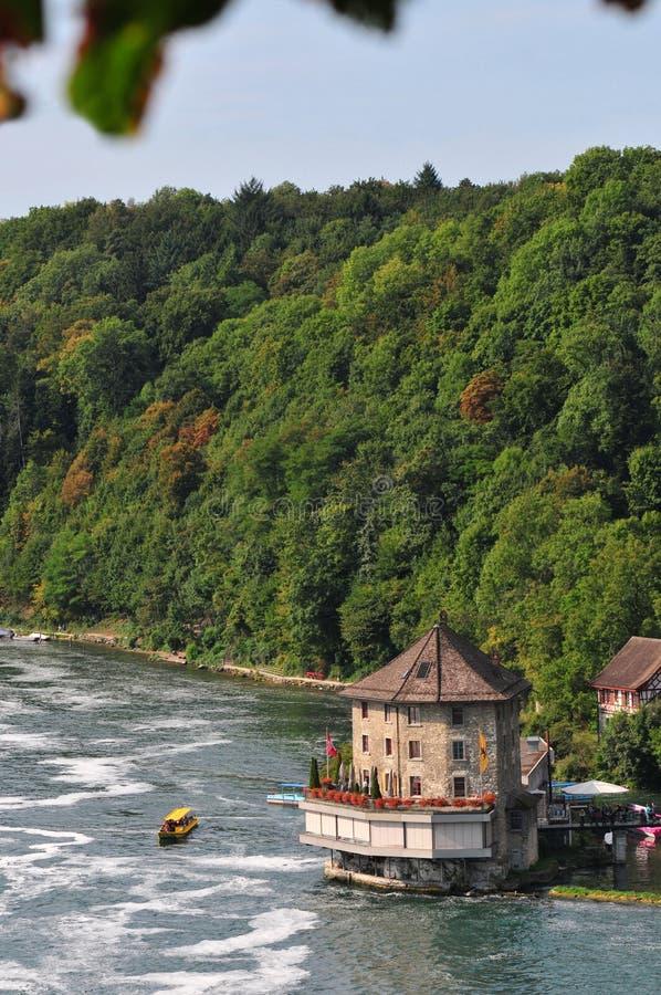 Download Река Shaffhuzen стоковое фото. изображение насчитывающей boated - 33738788