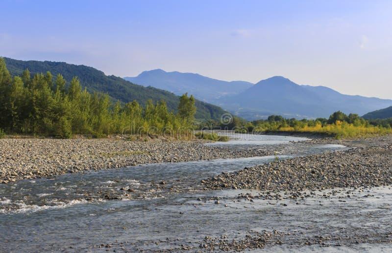 Река Trebbia стоковое изображение