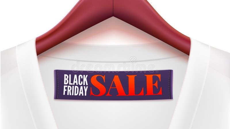 Реклама черных продаж пятницы Одежда с смертной казнью через повешение бирки на вешалках бесплатная иллюстрация