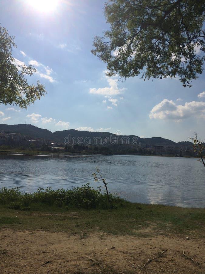 Релаксация озера стоковые изображения
