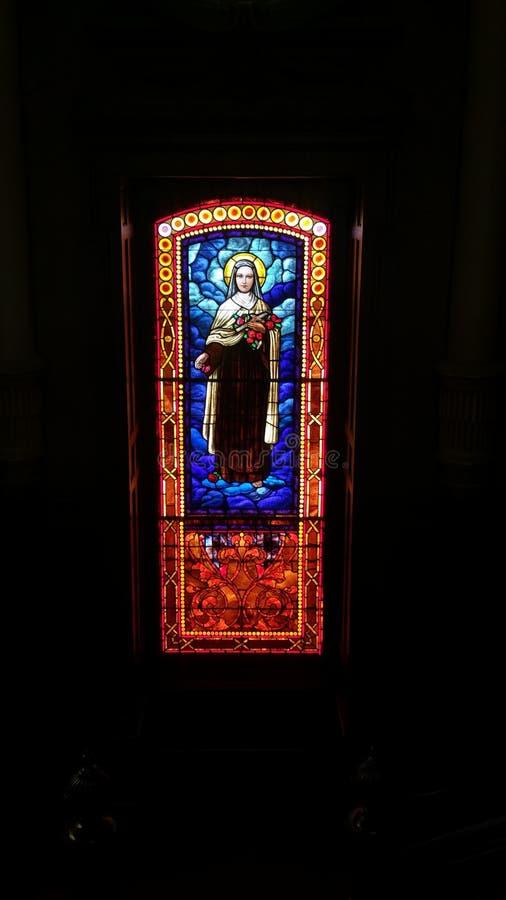 Религиозное цветное стекло стоковое фото rf