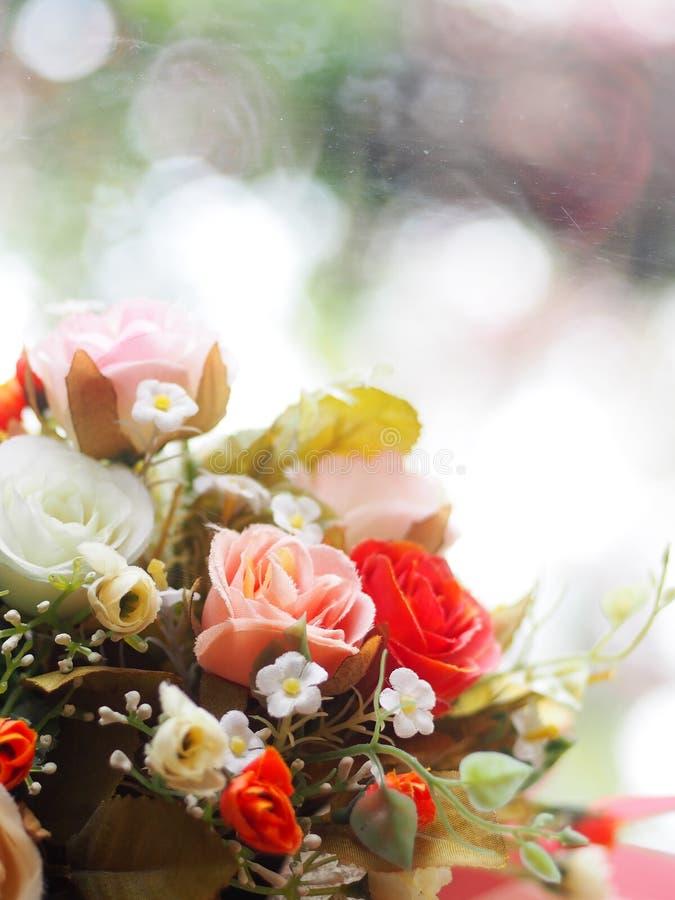 Ремесло вазы цветка handmade одежд бумаги и пластмассы стоковое фото