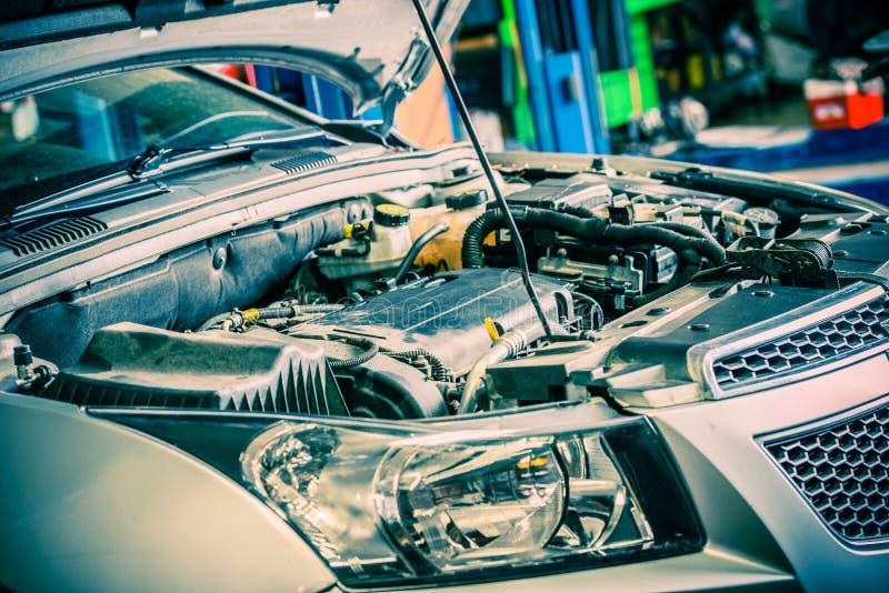 Ремонтировать автомобиля стоковые изображения rf