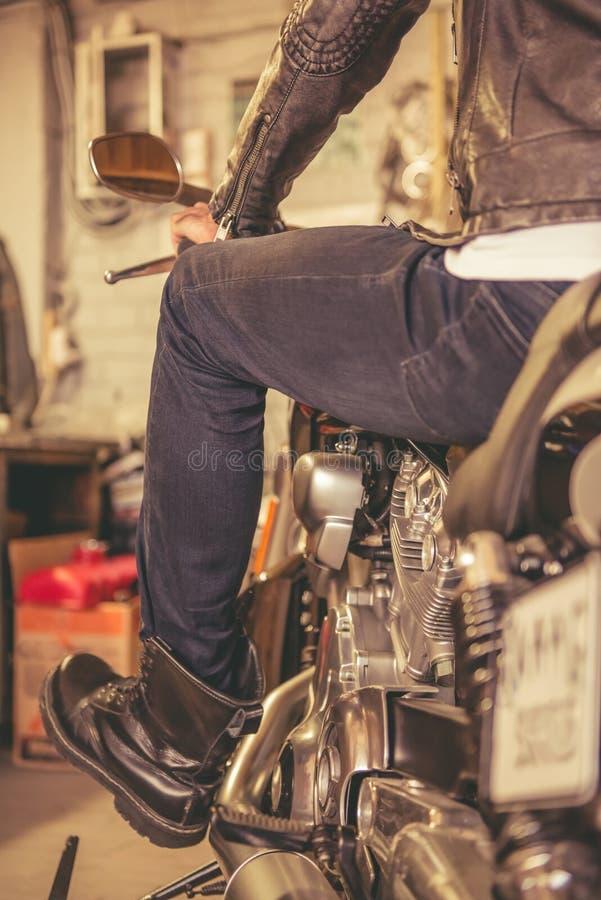 Ремонтная мастерская мотоцилк стоковая фотография rf
