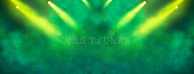 Репроектор этапа светлый и желтые света яркого блеска стоковые фотографии rf