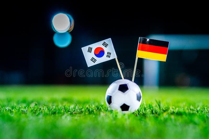 Республика Кореи, Южная Корея - Германия, группа f, Wednesday, 27 Футбол -го июнь, кубок мира, Россия 2018, национальные флаги на стоковое изображение