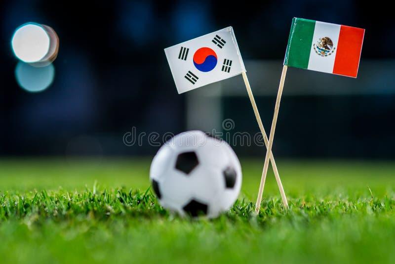 Республика Кореи, Южная Корея - Мексика, группа f, Saturday, 23 Футбол -го июнь, кубок мира, Россия 2018, национальные флаги на з стоковая фотография