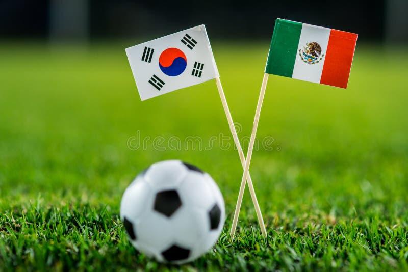 Республика Кореи, Южная Корея - Мексика, группа f, Saturday, 23 Футбол -го июнь, кубок мира, Россия 2018, национальные флаги на з стоковое изображение