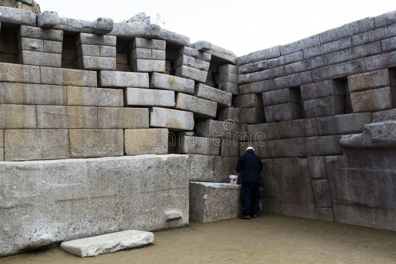 Реставрационные работы на Machu Picchu губят Перу Южную Америку стоковые изображения rf