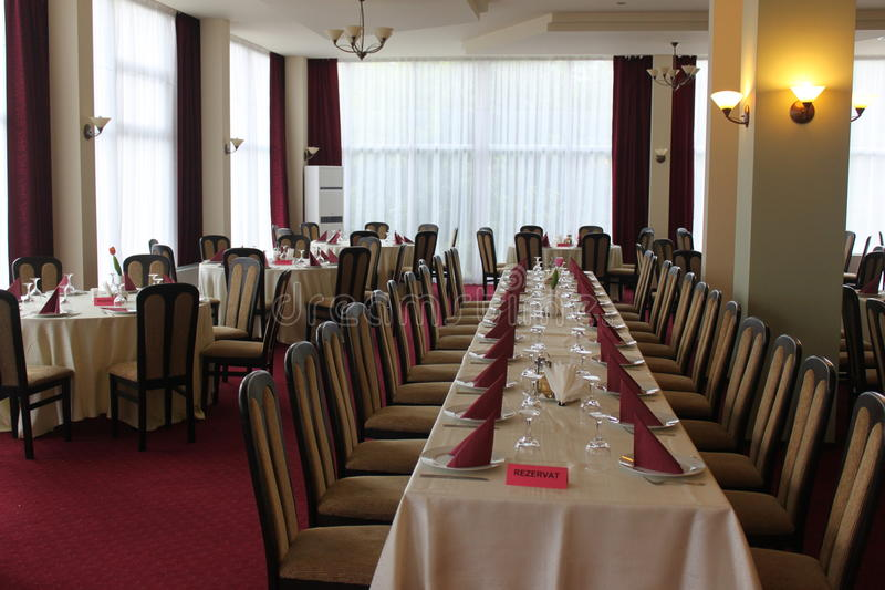 Ресторан гостиницы точный обедая стоковое фото rf