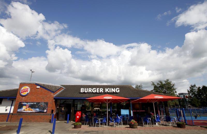 ресторан короля быстро-приготовленное питания бургера стоковое изображение rf