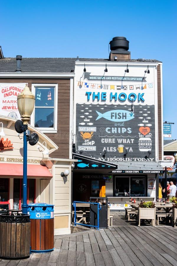 Ресторан рыб крюка и морепродуктов обломоков на пристани 39 стоковое изображение rf