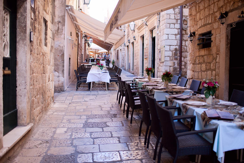 Ресторан улицы стоковое изображение rf