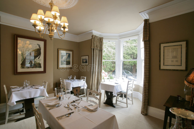 Download ресторан стоковое изображение. изображение насчитывающей комната - 600223
