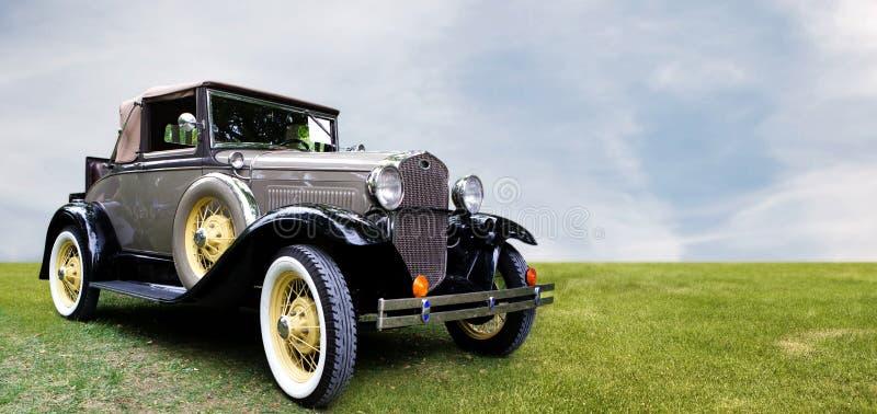 Ретро автомобиль стоковое изображение rf