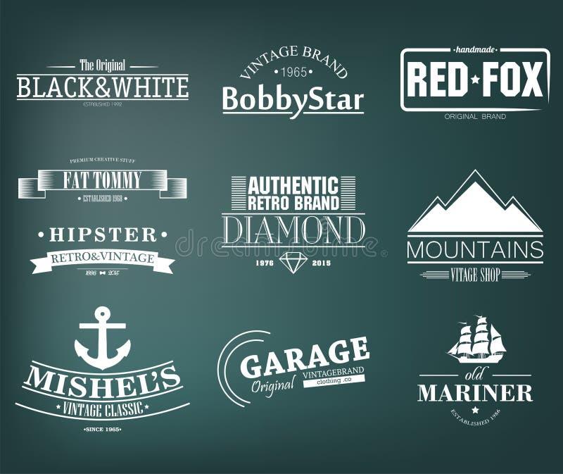 Ретро винтажные установленные Insignias или логотипы конструкция легкая редактирует элементы для того чтобы vector бесплатная иллюстрация