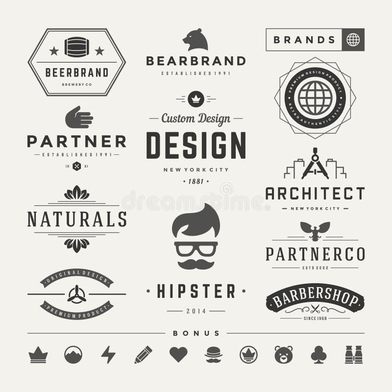Ретро винтажные Insignias или установленный логотипами вектор иллюстрация вектора