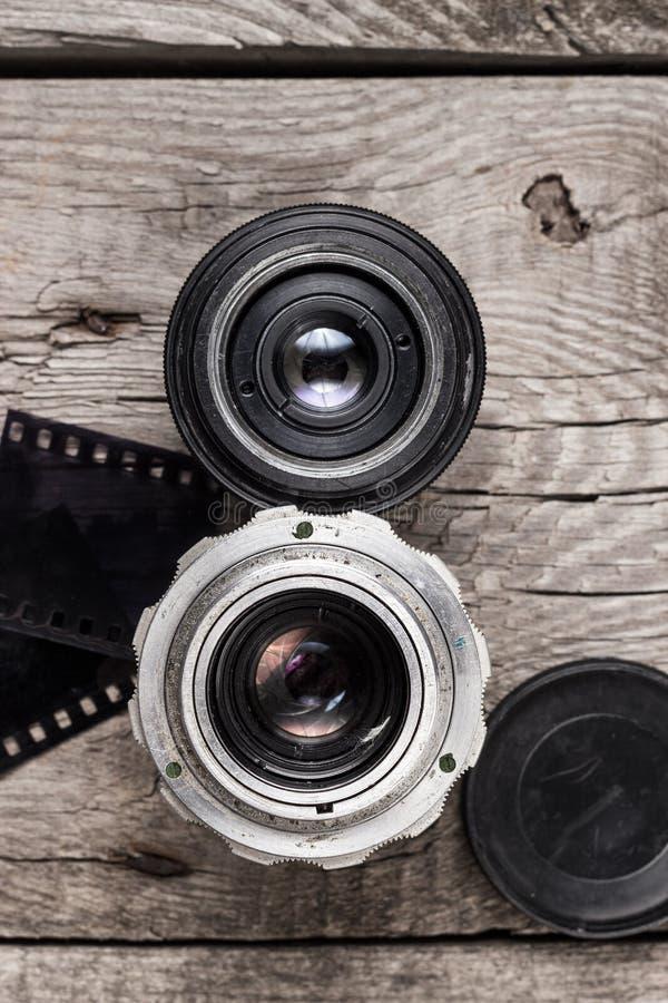 в объективе фотоаппарата видны лепестки что делать строителя профессиональный