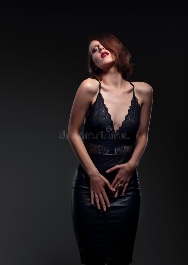 Ретро портрет женщины стоковое изображение