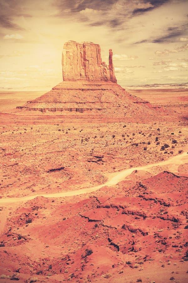 Ретро старое фото стиля фильма долины памятника стоковое изображение