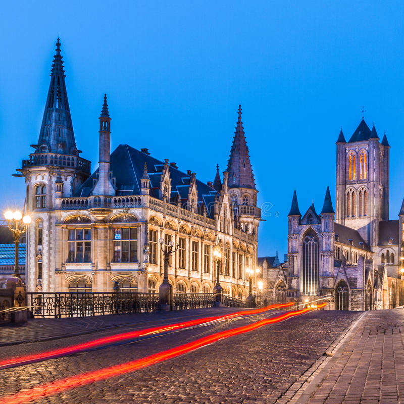 Речной берег Leie в Генте, Бельгии, Европе. стоковое фото