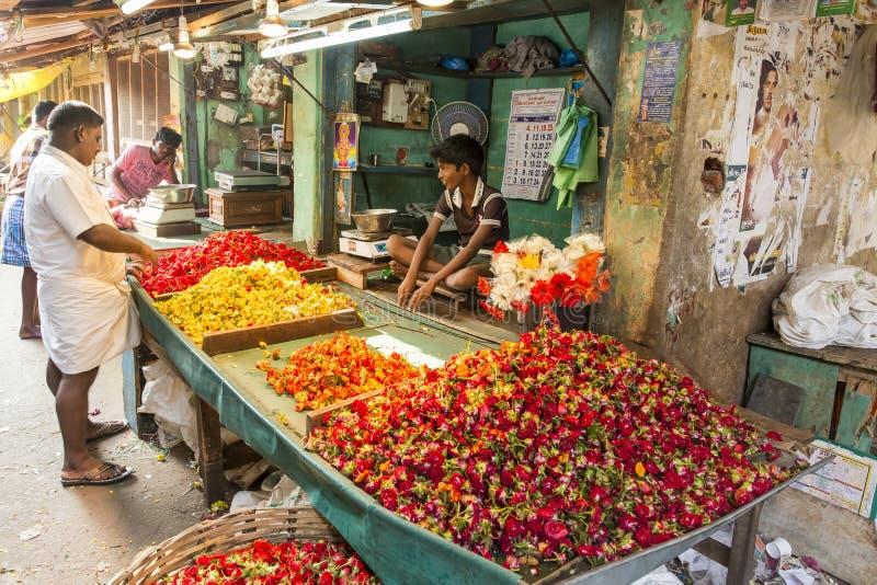 Редакционное иллюстративное изображение Цветки рынка стоковое фото