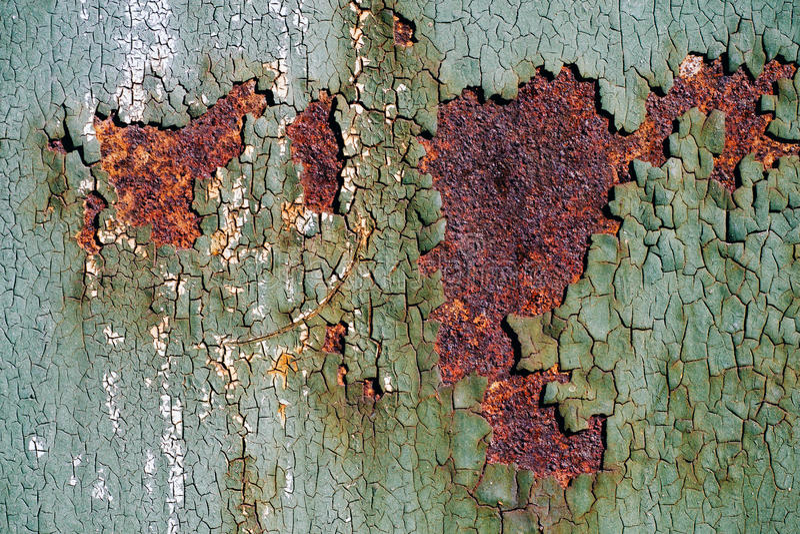 Ржавая поверхность металла с треснутой зеленой краской, абстрактная ржавая текстура металла, ржавая предпосылка металла для дизай стоковая фотография rf