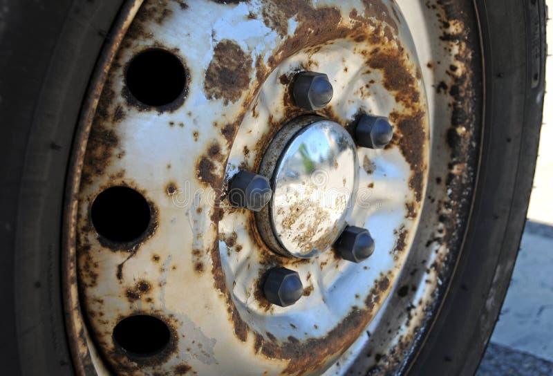 ржавое колесо стоковое изображение