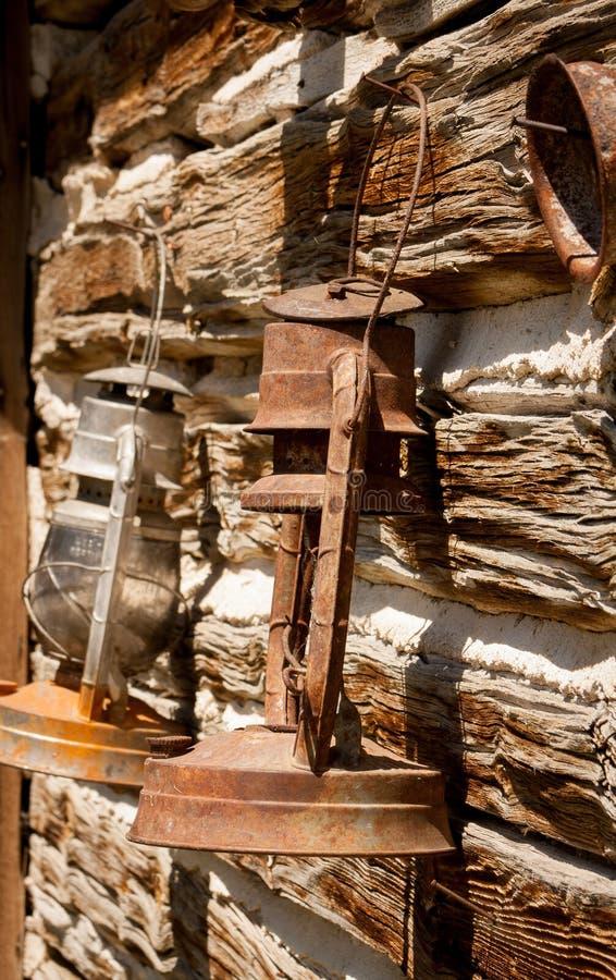 Ржавые фонарики стоковое изображение rf