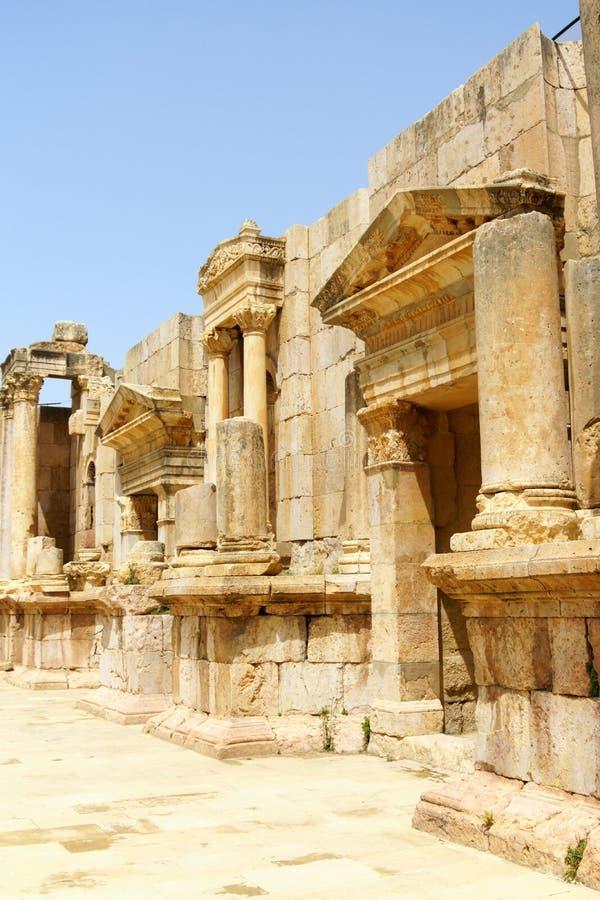 Римские руины северного театра в Иераше, Иордания стоковое изображение rf
