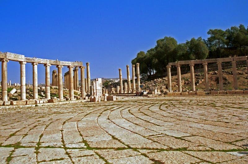 Римские руины Gerasa, Jerash, Джордана стоковая фотография rf