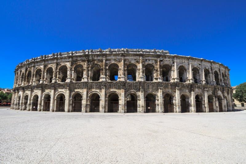 Римский амфитеатр в Nimes, Франции стоковое фото