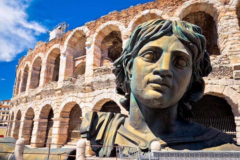 Римский взгляд Вероны di арены амфитеатра стоковая фотография rf