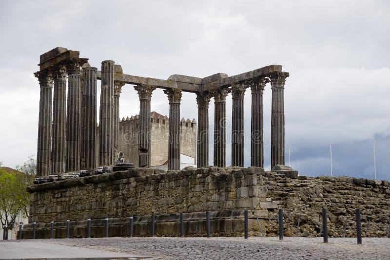 Римский висок Evora Португалия стоковое изображение