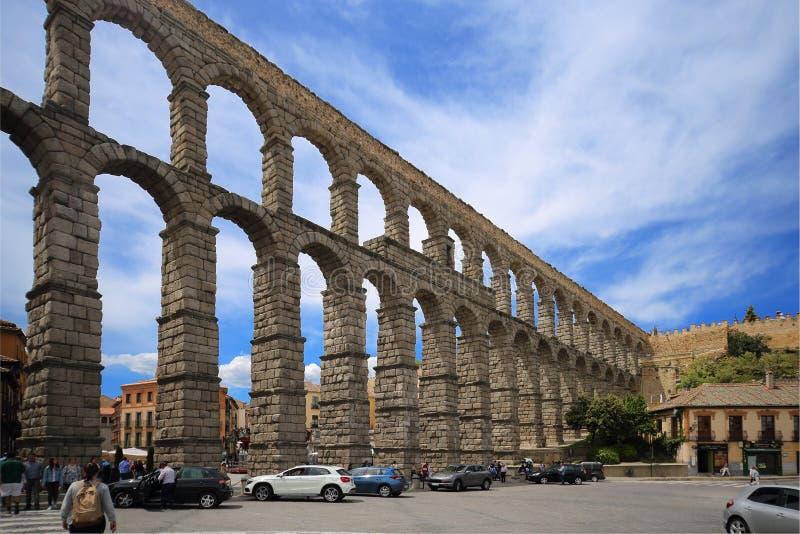 Римский мост-водовод Сеговии, одного из лучш-сохраненных повышенных римских мост-водоводов и символ Seg стоковые фото