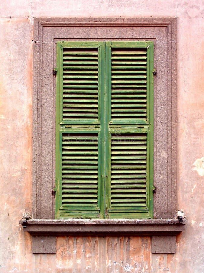 римское окно стоковое изображение