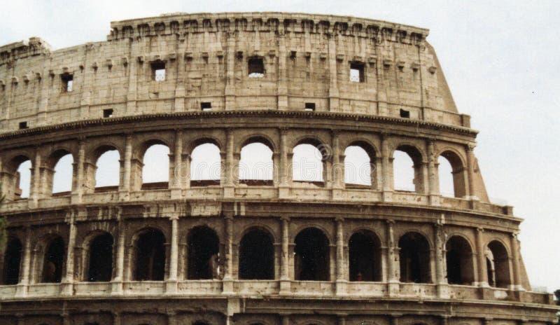 Римское Colosseum в Риме Италии стоковое изображение rf