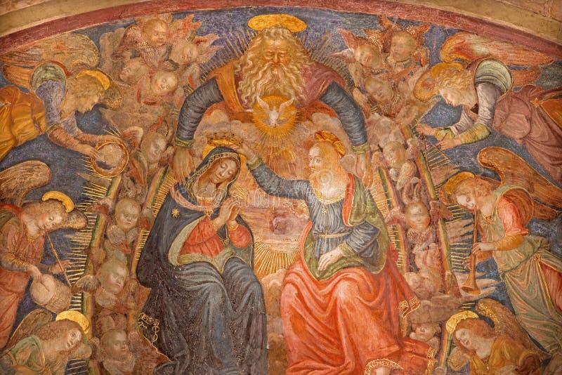 Рим - коронование фрески девой марии в церков Сан Pietro в Montorio Baldassarre Peruzzi от 16 цент стоковое изображение rf