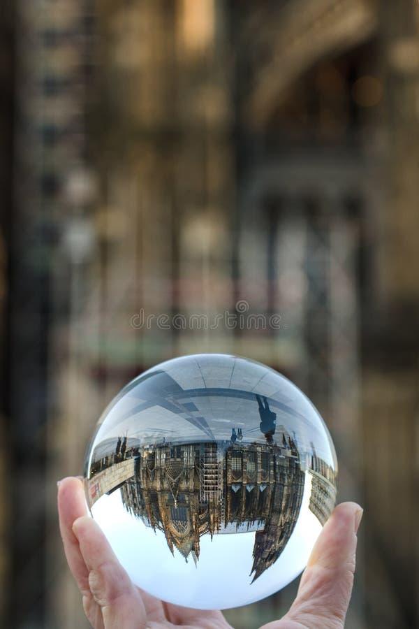 Ринв собора Кёльна шарик стекла стоковое фото rf